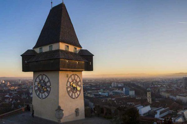 zebisch-stelzl.at - Beratung - Coaching - Psyschtherapie Grazer Uhrturm